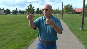 Saskatoon man walks all city parks for COVID-19 challenge (01:49)