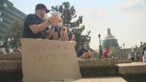 Doctor-led protests continue in Alberta over province's new approach to COVID-19 (01:48)