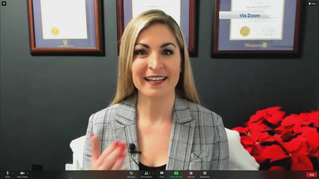 Click to play video: 'How to live a happier, more productive life in 2021'