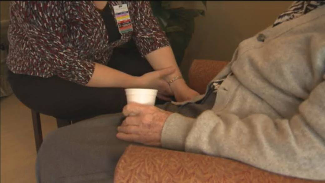 Click to play video: 'LTC & retirement homes in Peterborough area opening doors to visitors again'
