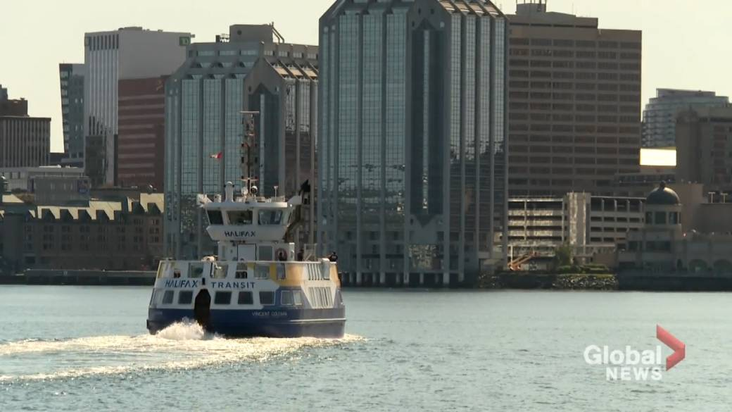 Click to play video: 'Social settings lead COVID-19 exposure list in Nova Scotia'