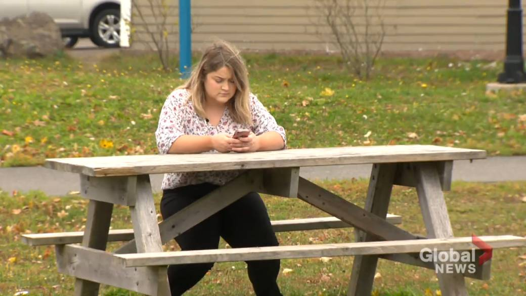 Click to play video 'Mount Allison student speaks out against university sexual violence conduct'