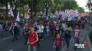 Argentines, Chileans living in Buenos Aires took to the streets to protest against Chile's government
