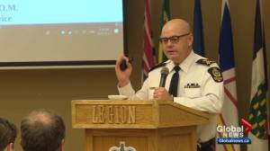 Police chief speaks with northeast Edmonton residents about crime