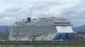 Victoria motion recommends limiting cruise ships to protect environment