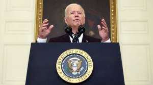 Biden imposes vaccine mandates for federal employees (01:23)