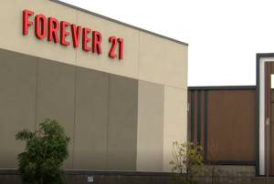 Forever 21 set to close Winnipeg locations after retailer files for bankruptcy