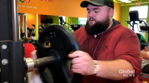 N.B. man becoming inspiration others after losing dramatic weight at the start of the pandemic (02:05)