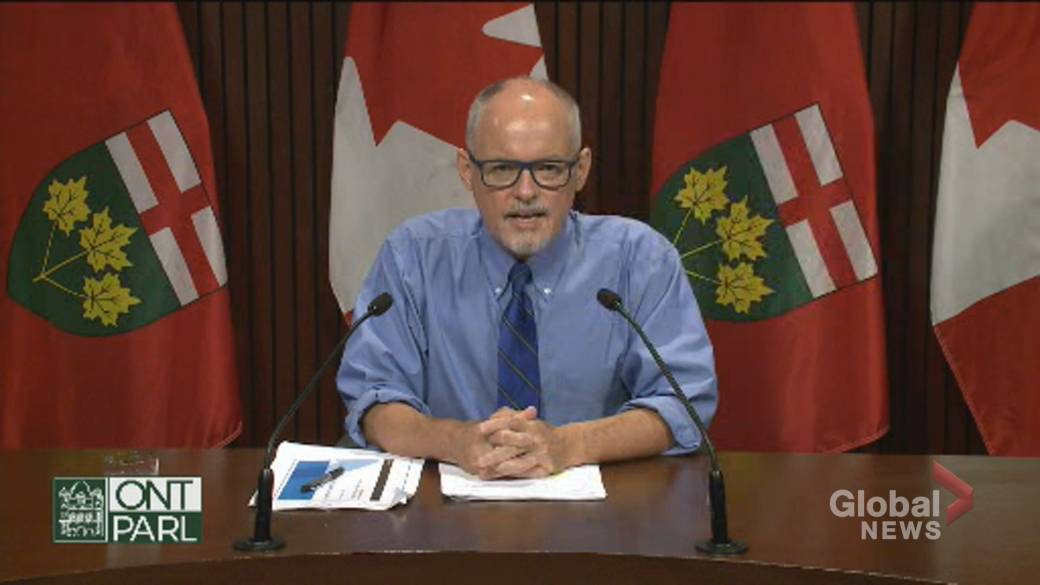 Click to play video: 'Ontario to mandate COVID-19 vaccine policies in high-risk settings'