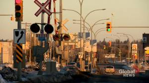 Saskatoon city hall to examine railway crossings that could cost $93M (01:25)