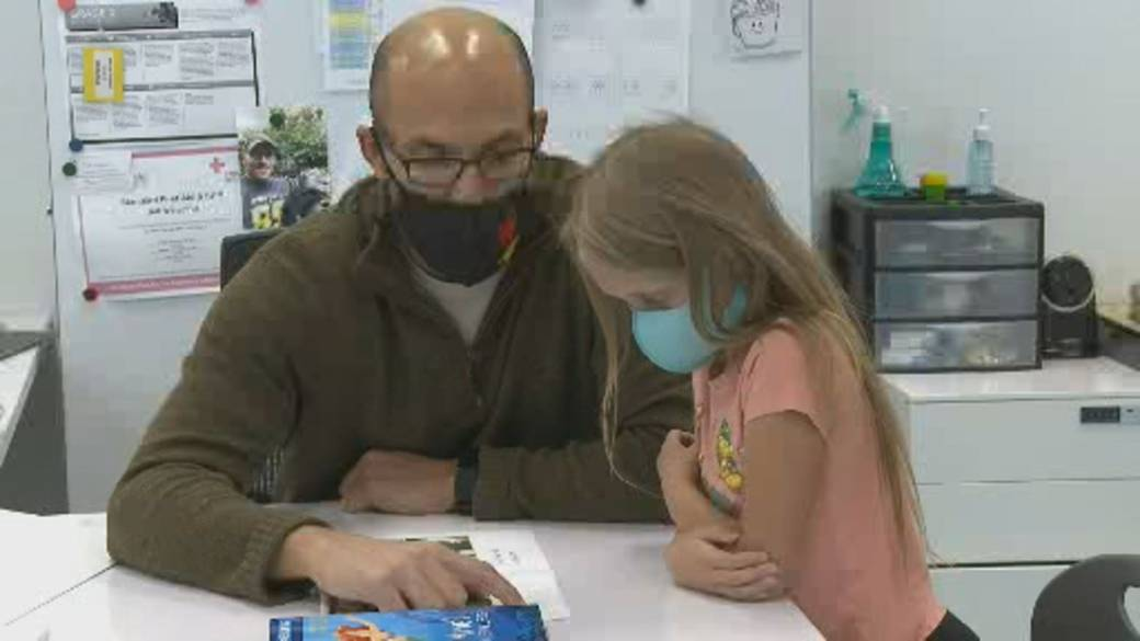 Click to play video: 'U.S. reports more COVID-19 hospitalizations among children'
