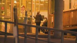 Coronavirus: Heavy police presence expected across Quebec as 8 p.m. curfew begins (02:13)