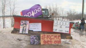 Demonstrators remains at Tyendinaga blockade despite court injunction, OPP warning