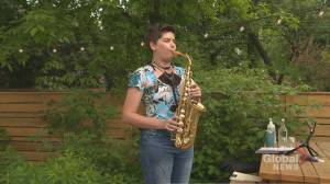 Toronto music teacher launches 'pay-what-you-can' lessons (02:40)