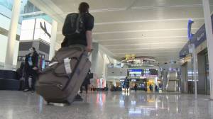 COVID-19: Canadian travellers flying with a little more ease as restrictions loosen (01:44)