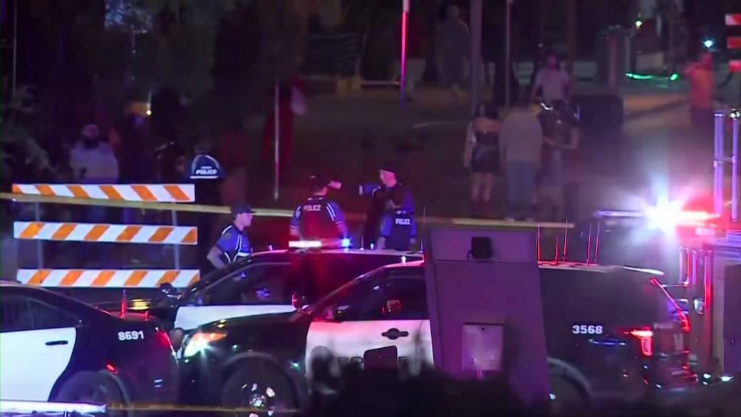Click to play video: 'At least 13 injured after shooting in downtown Austin, Texas'