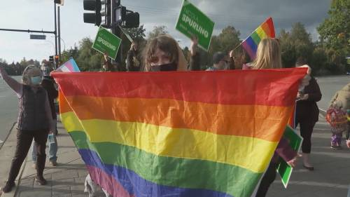 Liberal, NDP candidates rally behind Green candidate after transphobic incident in Coquitlam | Watch News Videos Online