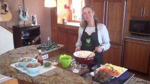 Julie Findlay serves up a Foodland Ontario recipe (04:40)
