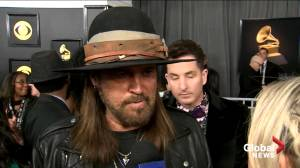 'Legend may not even do it': Billy Ray Cyrus reacts to death of Kobe Bryant (00:41)