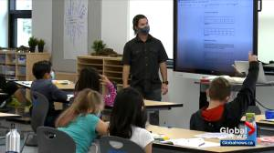 Alberta group calls on federal government for COVID-19 school funding (02:27)