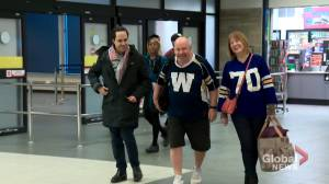 Winnipeg Blue Bombers fan, who won't wear pants until they win, touches down in Calgary for Grey Cup