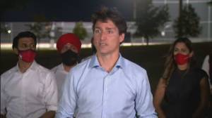 Protests disrupting Trudeau campaign prompt security concerns (02:03)
