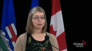Alberta records 1,254 new COVID-19 cases, 13 deaths ahead of Thanksgiving long weekend (01:23)