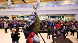 Winnipeg Blue Bombers arrive home after Grey Cup victory