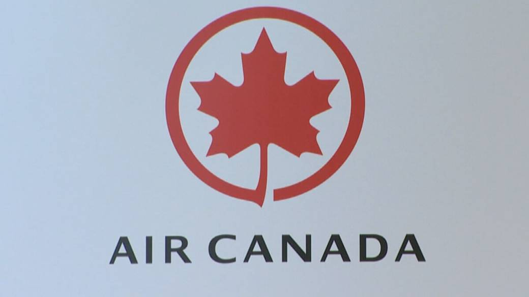 Click to play video: 'Air Canada to offer refunds in exchange for federal pandemic aid'