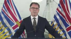 B.C. health minister provides details on unvaccinated ICU patients with COVID-19 (02:15)