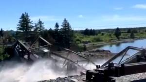 Steel bridge near Canso, N.S., collapses
