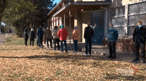 Decision Edmonton 2021: Voter issues and high turnout so far (04:23)