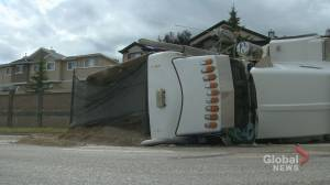 Calgary city councillor concerned after truck rollover near Country Hills Boulevard