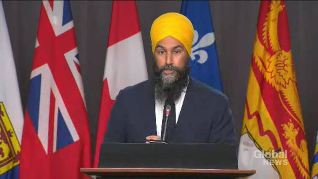 Click to play video 'NDP leader describes Trudeau's election threat as outrageous and absurd'