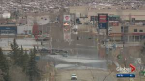 Calgary crews ready to head to Fort McMurray to help in flood cleanup (01:26)