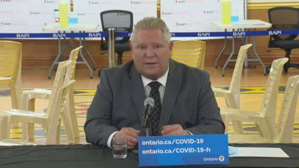Click to play video: 'Ontario Premier Ford defends vaccine rollout, says it's simple to book appointment'