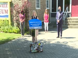 Ontario's Tourism Minister stops in Brockville