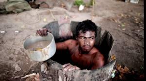Illegal loggers kill Amazon 'guardian' (01:57)