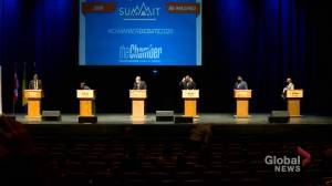 Saskatoon mayoral candidates pitch protecting, creating jobs (01:57)
