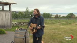 Global News Morning Live from Wolfville prize winner + live performance (05:20)