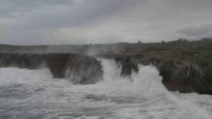 Storm Fabien causes massive waves, batters Spanish coast