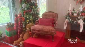 Santa's House returns to London, Ont. (00:31)