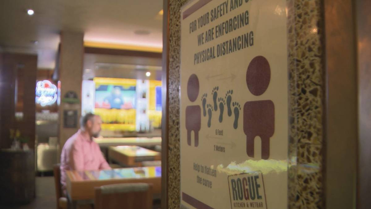 Click to play video: 'Restaurants welcome simple vaccine passport system'