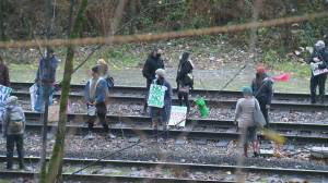 Anti-pipeline protestors block rail line near Burnaby-Coquitlam border (02:06)