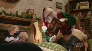 COVID-19: Christmas amid a pandemic still 'absolutely magical' for four-generation Santa family (01:52)