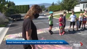 West Kelowna neighbourhood kids brighten woman's day with chalk drawings (01:59)