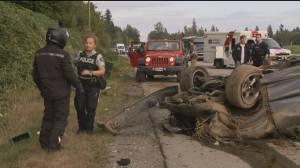 Single-vehicle crash closes portion of Lougheed Highway in Maple Ridge (00:43)
