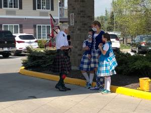 Rosewood Estates residents in Cobourg have surprise musical visitors