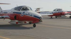 Politicians react to Canadian Forces Snowbirds' fatal crash