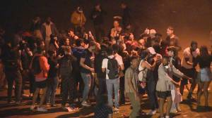 Vancouver Police 'reassessing' approach after large beach parties during COVID-19 (02:20)